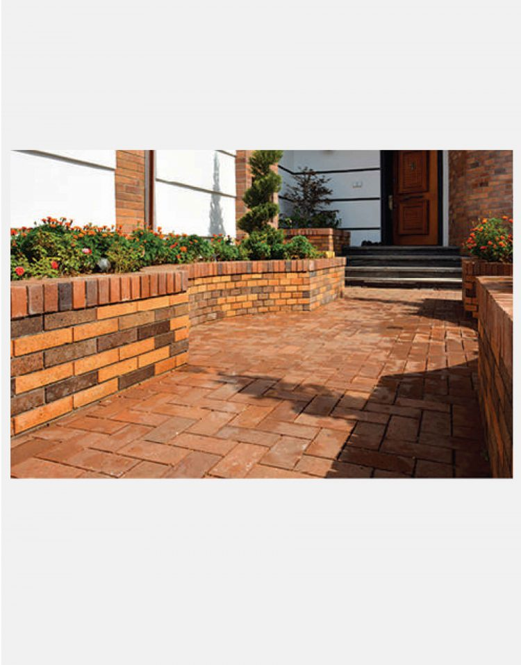 brick paver soheil red 750x957 - سنگفرش خشتی سمیرم قرمز سهیل ۲۰*۷
