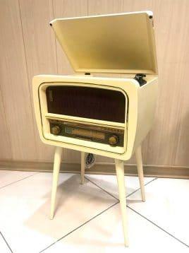 Classicgallery-Classic-radio-keremi