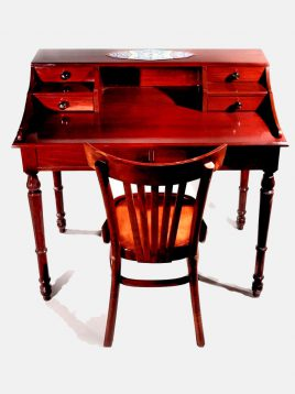 hendesi-Writing-Desk-and-chair-polish