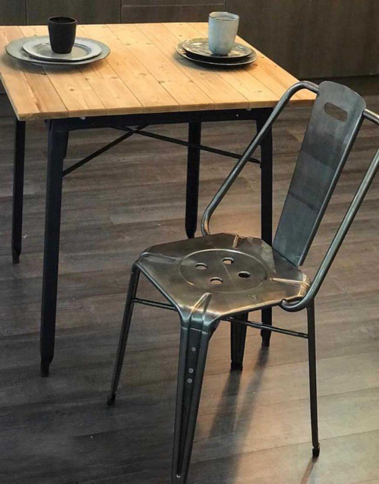 صندلی ناهارخوری فلزی لوکس