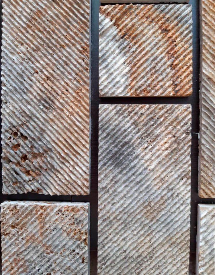 stone travertine antique model four 2 750x957 - سنگ آنتیک تراورتن طرح شیاری دودی طلایی