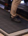 کفپوشهای مشبک تایل مدل ضربگیر