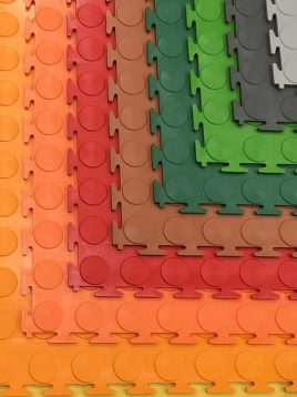 babol puzzle tile flooring large poolaki 2 268x358 - کفپوش تایل پلاستیکی طرح پولکی بزرگ