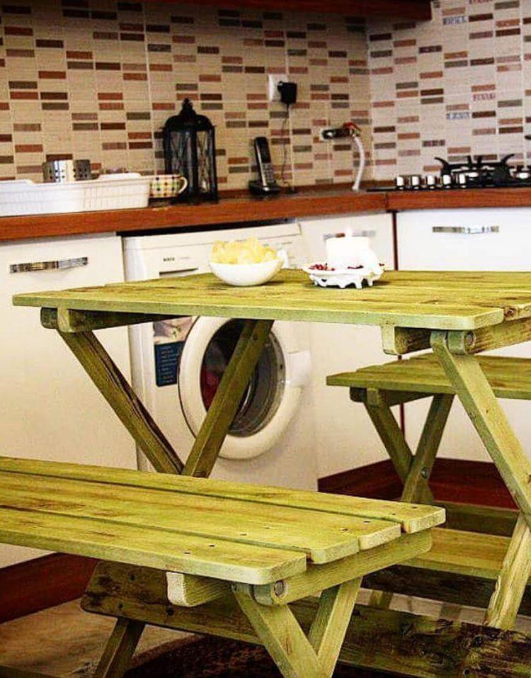 ست میز و صندلی چهار نفره چوبی مدل بنچ