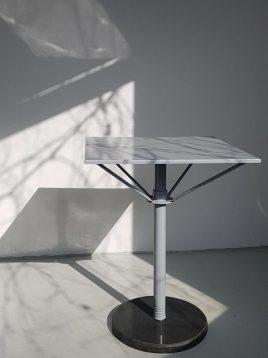 میز مربعی تک پایه فلزی نهالسان