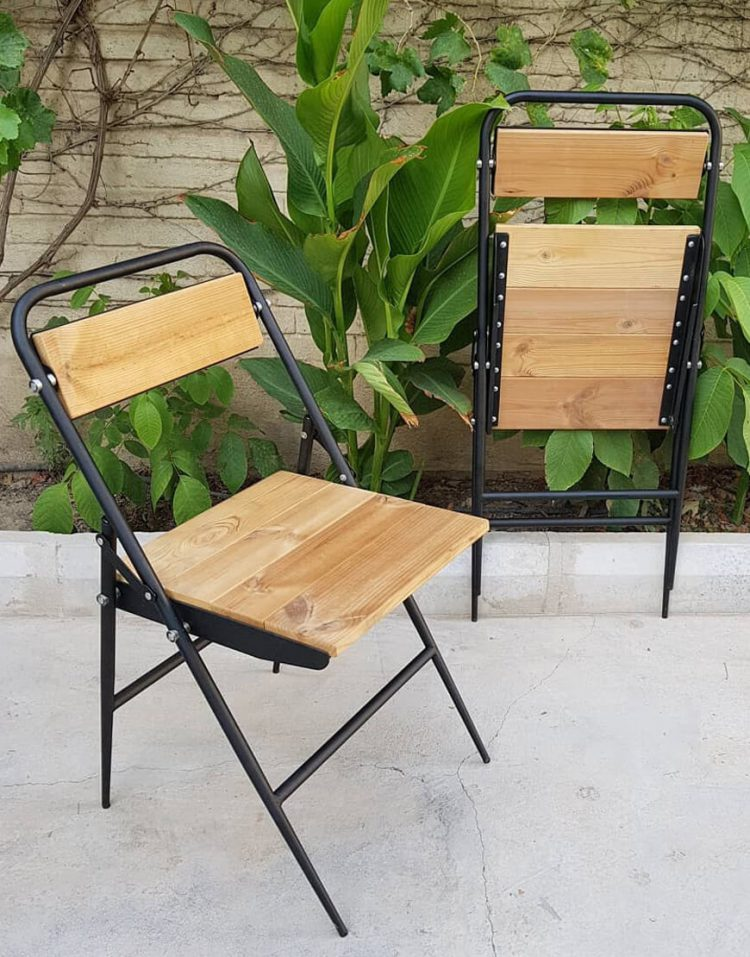صندلی تاشو با نشیمن و پشتی چوبی نهالسان