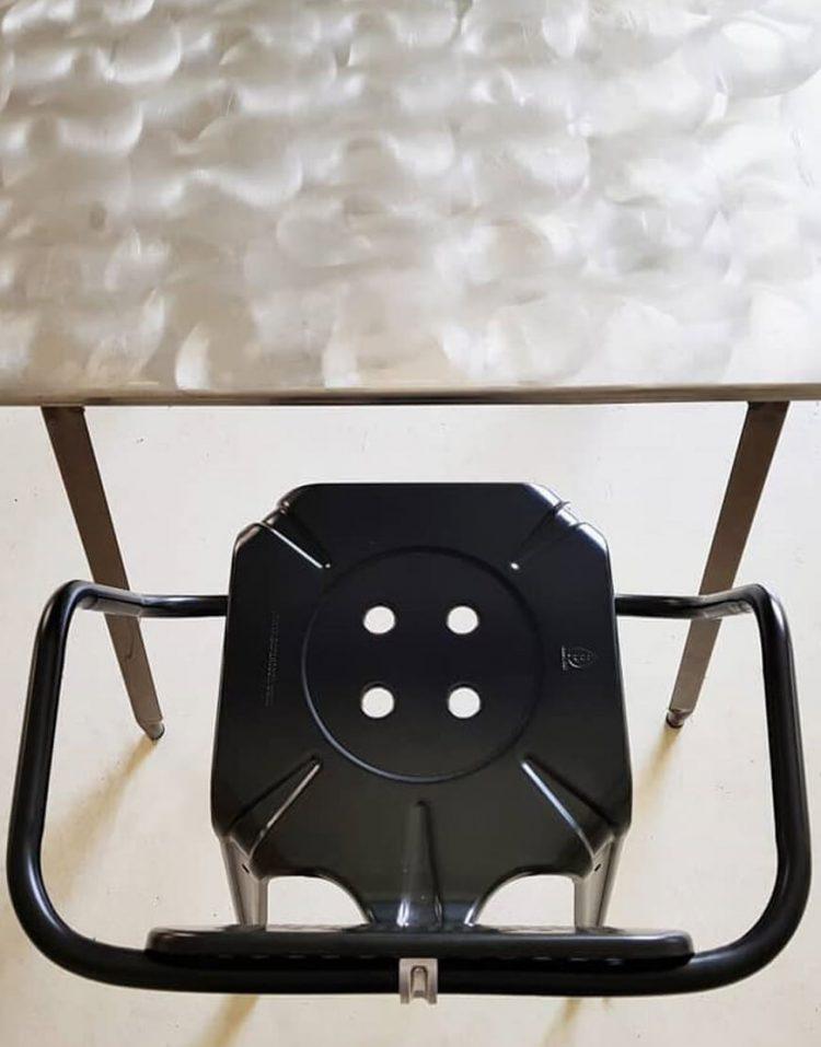 صندلی فلزی اپن دسته دار نهالسان مدل بیتا