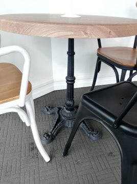 nazari kitchen dining tables england model11 268x358 - میز گرد پایه آنتیک صنایع نظری