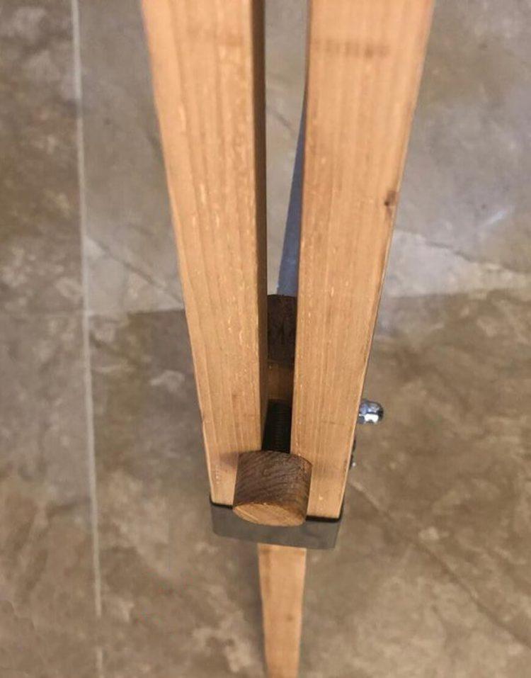 voodoohome professional Floor Lamps model VF6102 4 750x957 - آباژور پایه بلند حرفه ای فلزی با پایه چوبی مدل VF6102