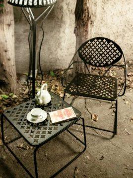 ست دو نفره میز و صندلی فلزی نهالسان مدل پاندا