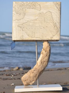 اباژور رومیزی هندسی مدل تخته چوب