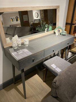 tolica wooden makeup table model kia 1 268x358 - میز آرایش چوبی تولیکا مدل کیا